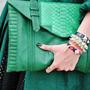 Как сочетать зеленый цвет в одежде: примеры, советы
