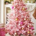 розовые укршения на елку
