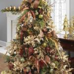 коричневые украшения на елку